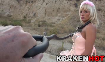 BDSM Princess… games of submission… Deepthroat!!!